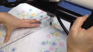How to Quilt - Cross Hatching a Quilt Block on a Longarm Machine Frame with Kathy